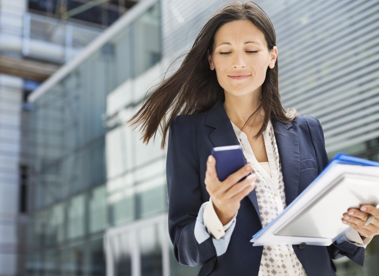 Kobiety zarządzające mężczyznami – 9 wskazówek, które pomogą Ci kierować męskim zespołem