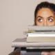 Jak pogodzić pracę z nauką,  czyli 5 wskazówek jak prowadzić biznes i podnosić swoje kwalifikacje