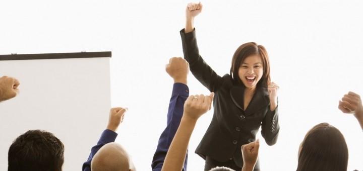 Przywództwo to budowanie relacji – jak więc tworzyć pozytywne związki z ludźmi?