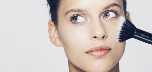 Makijaż biznesowy – jak uzyskać profesjonalny, codzienny wygląd