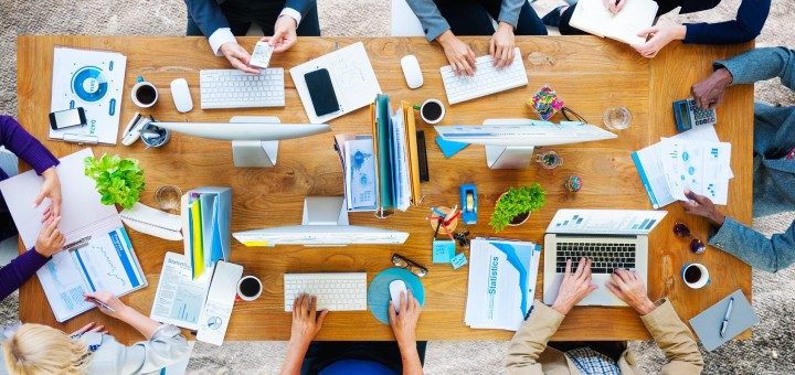 4-powody-dla-ktorych-coworking-jest-dobry-dla-Twojego-biznesu_-niespodzianka-2-darmowe_dni-probne